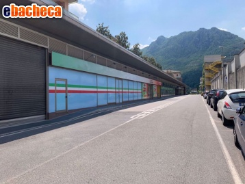 commerciale lecco