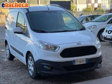 Anteprima Ford Transit Courier 1.5…