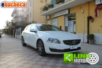 Anteprima Volvo v60 d3 geartronic…