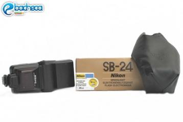 Anteprima Nikon SB24 flash
