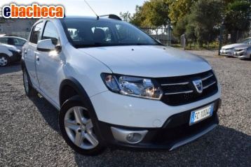 Anteprima Dacia sandero stepway…