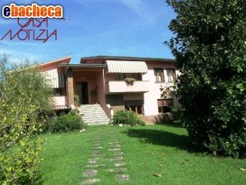 Anteprima Villa a Lucca di 300 mq