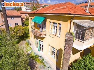 Anteprima Villa a Sanremo di 450 mq