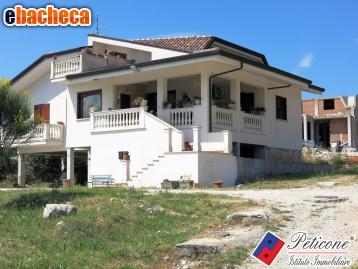 Anteprima Villa a Lenola di 360 mq