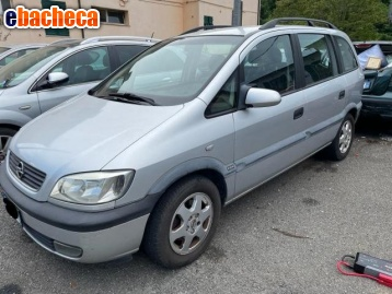 Anteprima Opel zafira 7 posti
