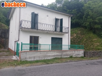 Anteprima Villa a Licciana Nardi